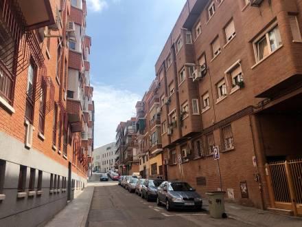 C/ Avenida de Trueba